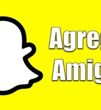 sfondo giallo logo fantasma snapchat