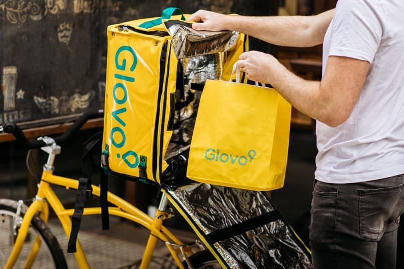 bolsa amarela entrega glovo