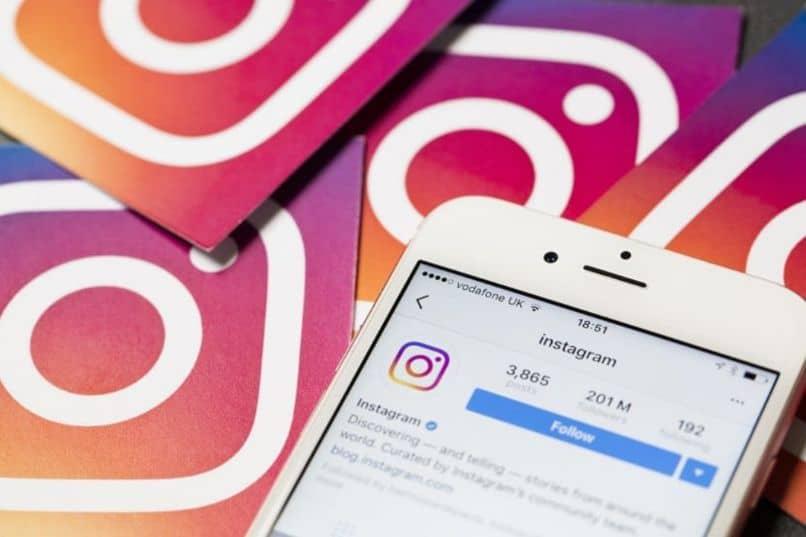 aplicativo móvel instagram