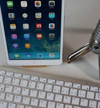 o microfone em telefones celulares e tablets