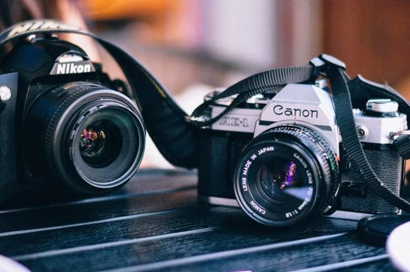 câmeras canon pretas