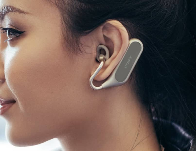 fone de ouvido feminino