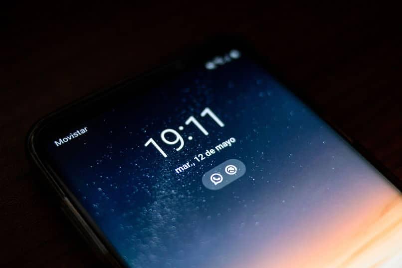 saber se o meu iphone está bloqueado por imei ou icloud
