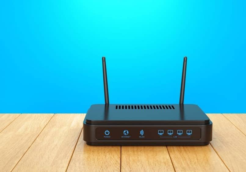 router antenas mesa